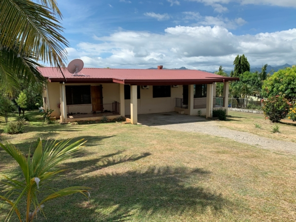 21 Vunisalato Road, Bountiful Estate, Nadi Image count(title)%